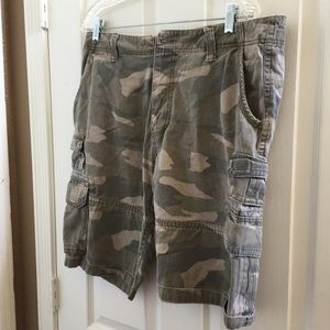 Other - Men's iron co shorts 34